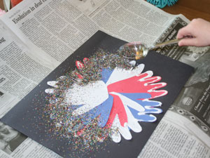 hand print 4th of july craft