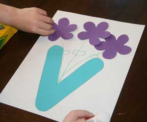 kids letter v craft