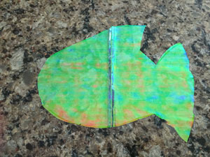 cd fish craft step 3