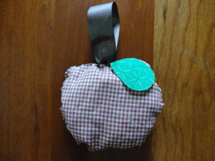 apple sewing craft