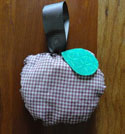 apple gift for teacher