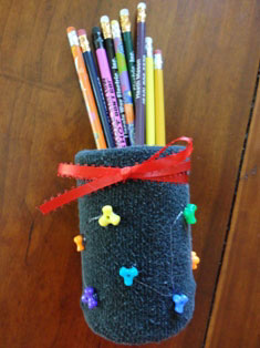 soup can pencil holder craft