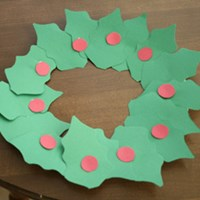 Holly Leaf Wreath Craft