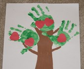 Handprint Apple Tree Craft