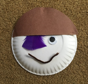 paper plate pirate step 4