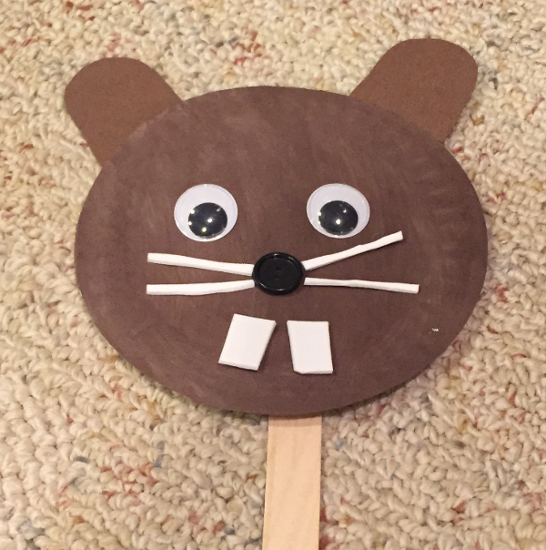 paper plate groundhog puppet craft