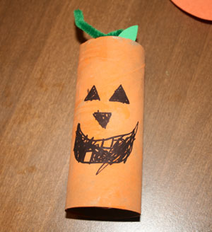 halloween crafts for kids all kids network - Halloween Art For Kindergarten