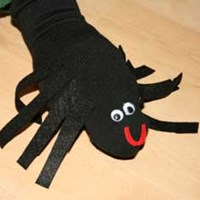 Sock Puppet Spider Craft