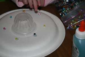 paper plate spaceship craft