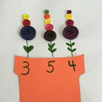 Counting Buttons Flower Craft