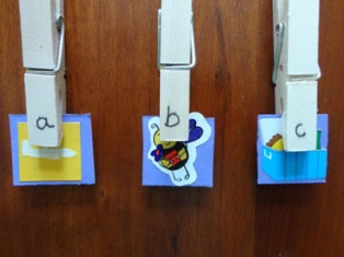 alphabet clothespins craft