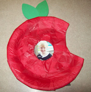 kids apple frame craft
