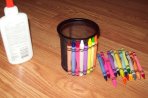 pencil holder craft with crayons