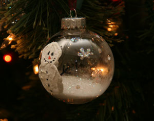 snow globe ornament craft
