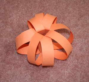 paper strip pumpkin step 2