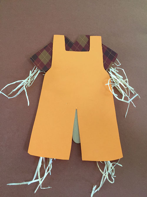 scarecrow craft step 5