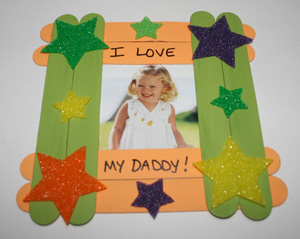 Craft Ideas Picture Frames on Crafts For Kids   Father S Day Popsicle Stick Picture Frame Craft