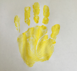 handprint flowers craft step 1