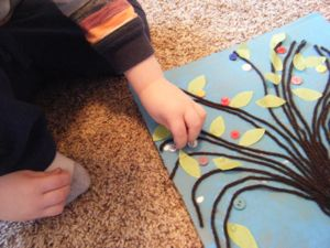 spring button tree craft step 7