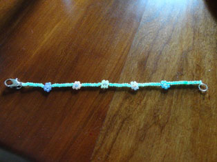 beaded flower bracelet craft