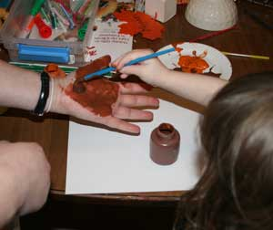 painting hand turkey